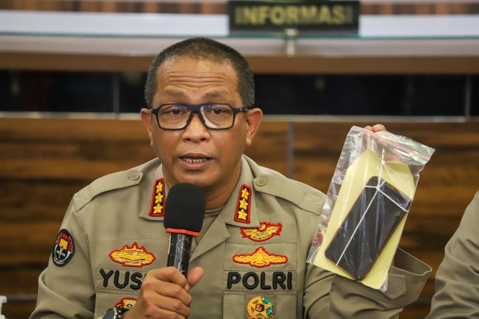Aksi Bikini Dinar Candy, Polisi Masih Lakukan Pemeriksaan-3
