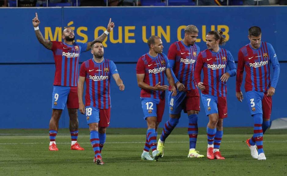 Barcelona Jinakkan Juventus di Trofi Joan Gamper, Memphis Depay Cetak Gol Lagi-2