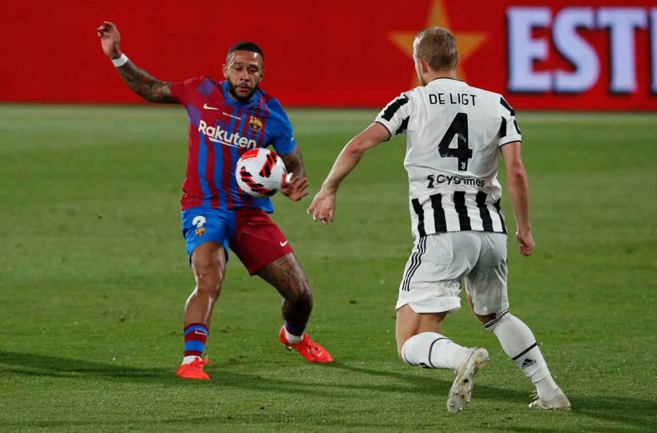 Barcelona Jinakkan Juventus di Trofi Joan Gamper, Memphis Depay Cetak Gol Lagi-1